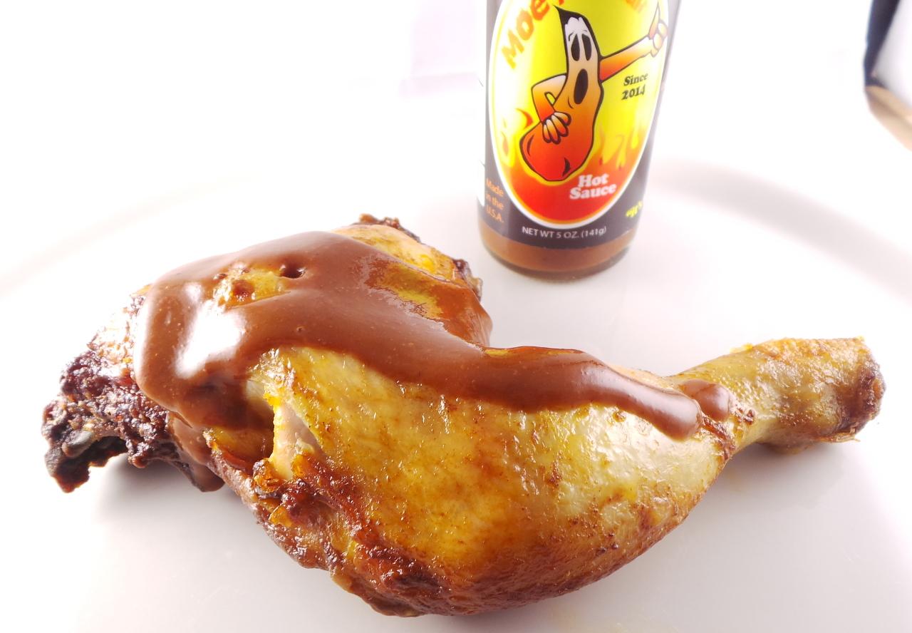 Moe Mountain Hot Sauce mit Hähnchenbollen