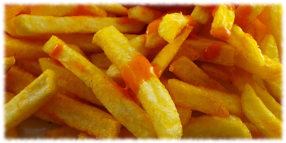 Bild Pommes mit Sriracha Mayoo Sauce