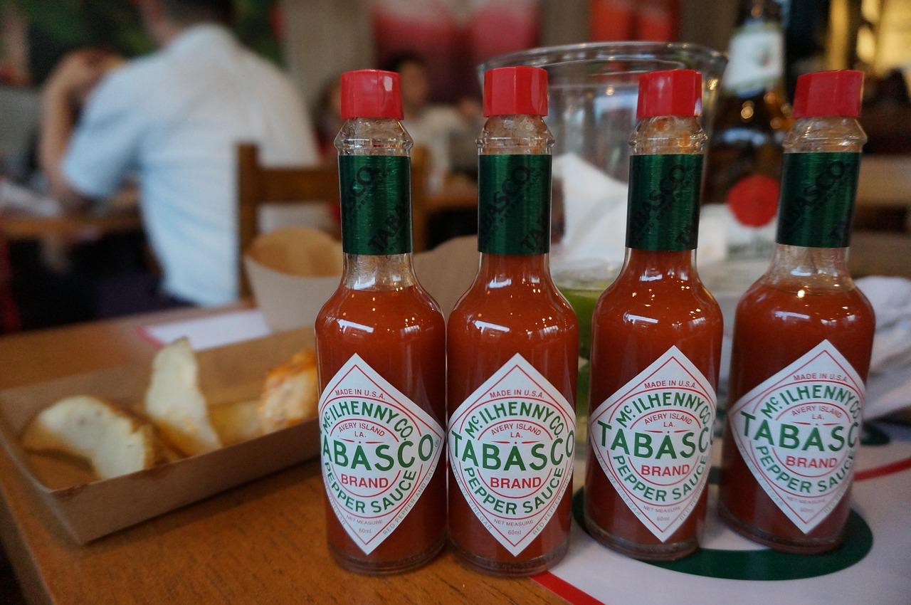 Bild Tabasco Chili Flaschen
